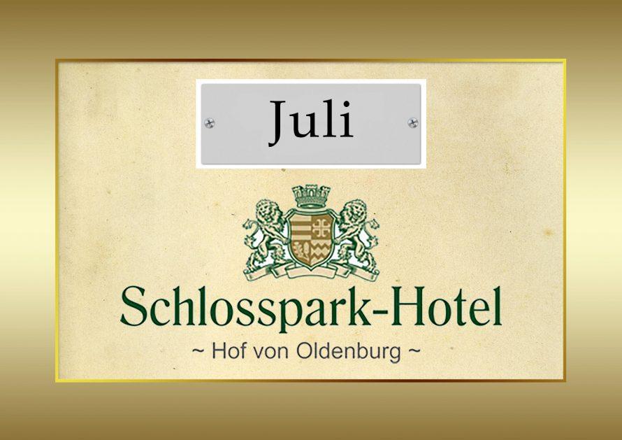 Hof_von_Oldenburg_Juli